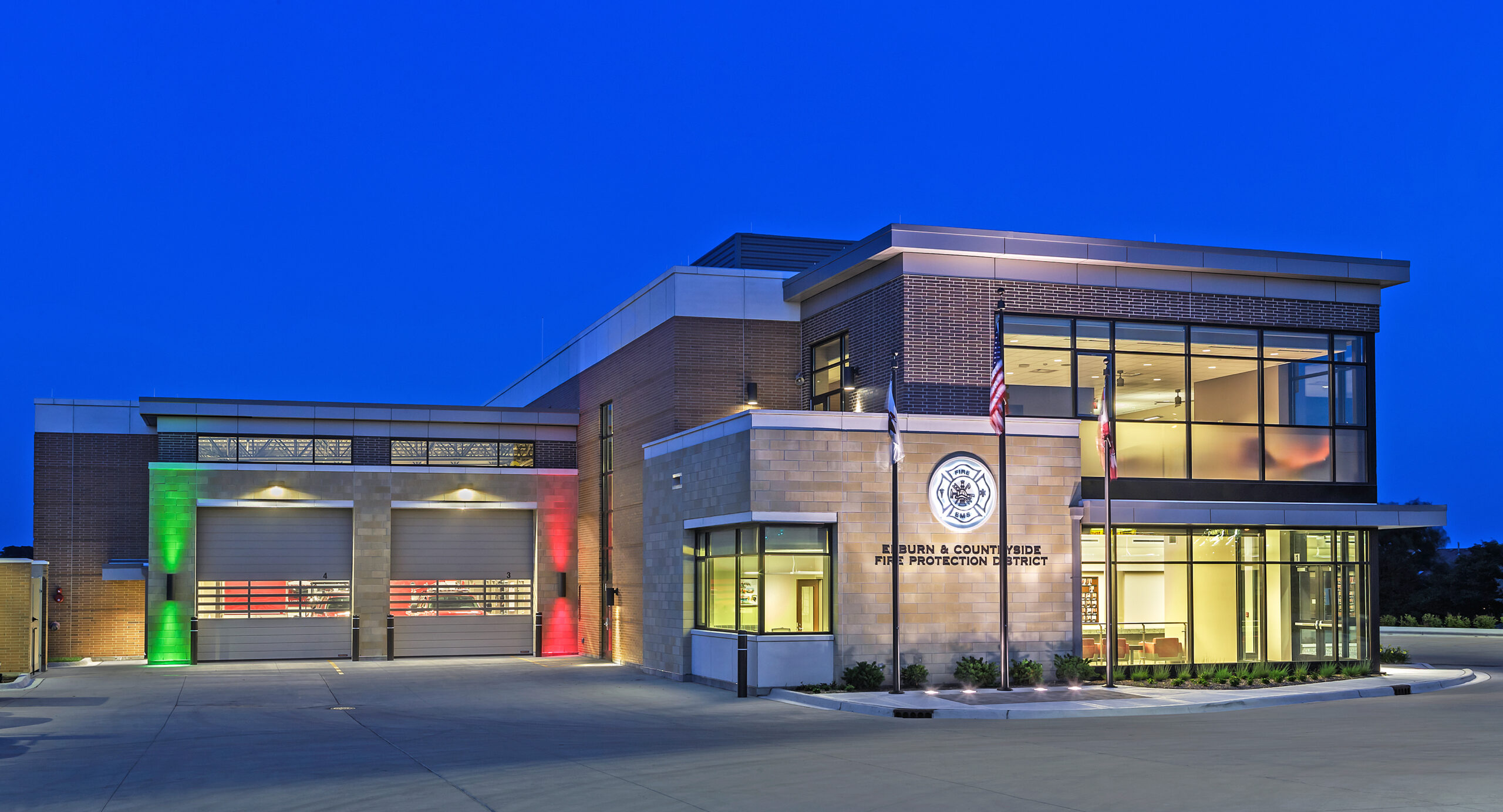 fire station in elburn countryside illinois